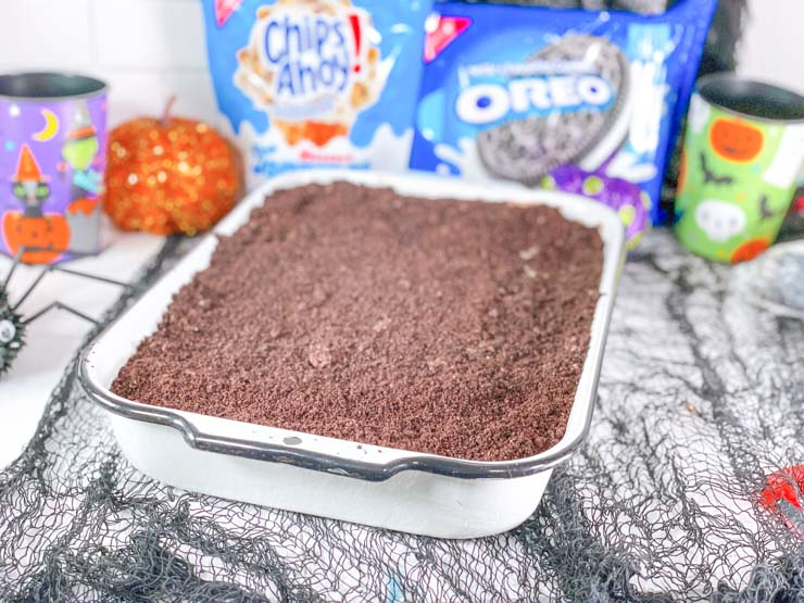 dirt cake - crushed oreos