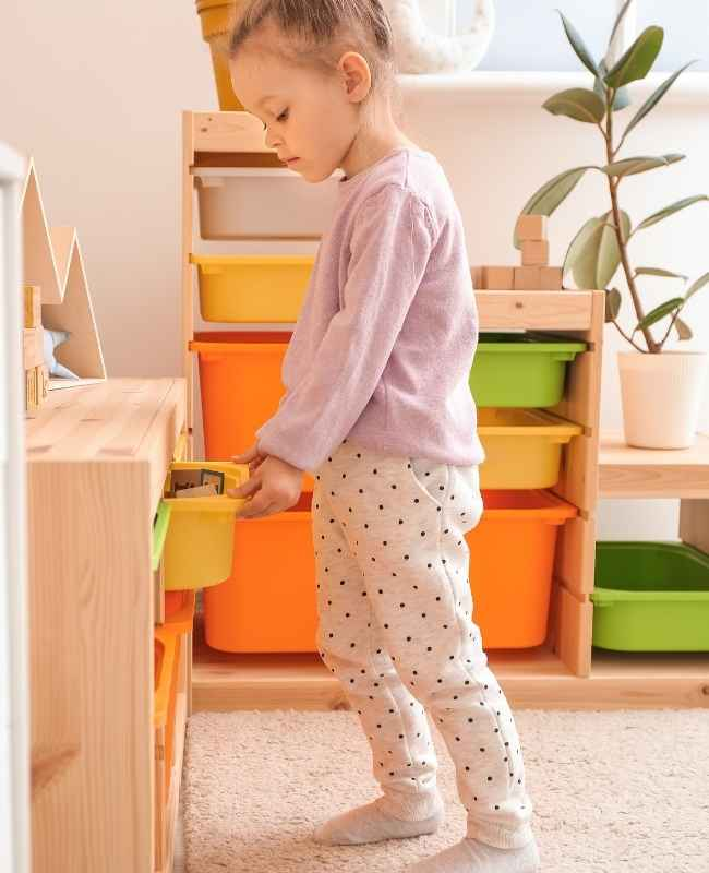 Kids storage - kids bedroom designs for small spaces