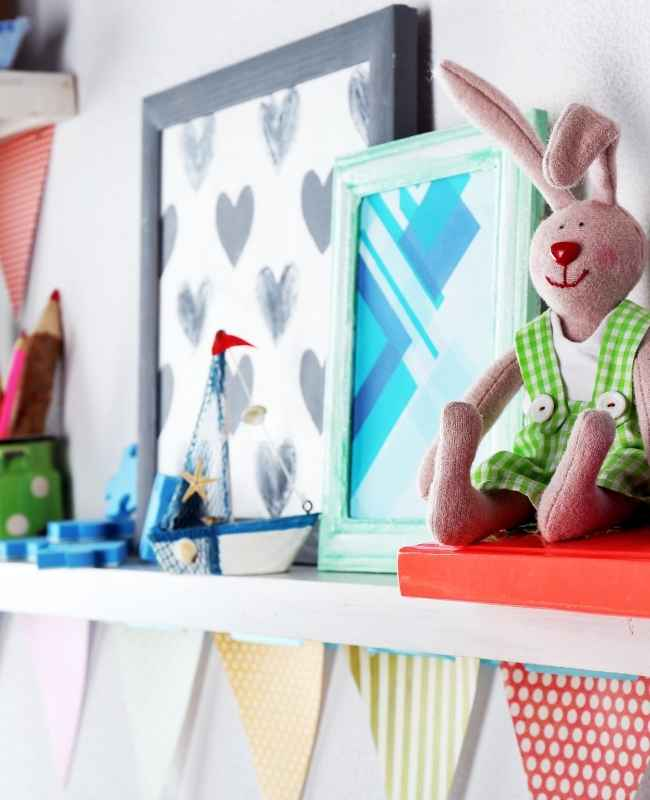 kids book shelf -Kids Bedroom Designs for Small Spaces